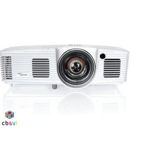 lens front of desktop projector